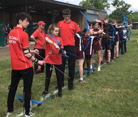 Secondary Finals, 4 details of 3 archers for each team.